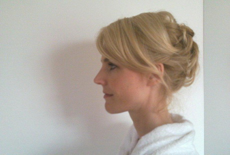 extreem vind bruid blond