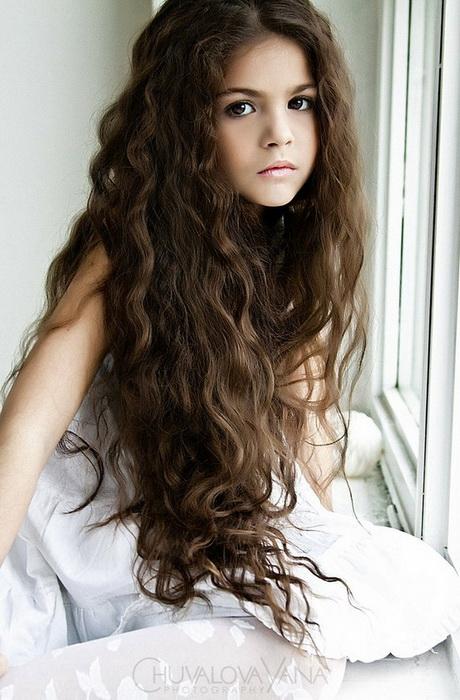 kapsel krullen lang haar