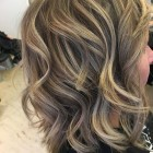 Haar highlights blond